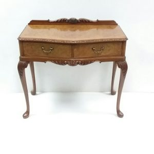 antique-style-2-drawer-side-table