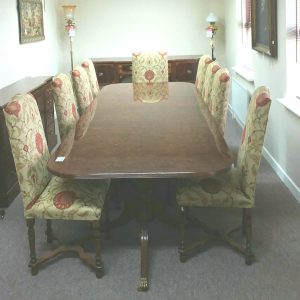 Antique Style Dining Table & Chairs