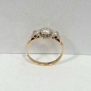 18ct vintage diamond ring