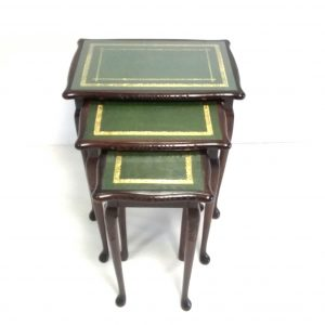 Antique_Style Nest of Tables
