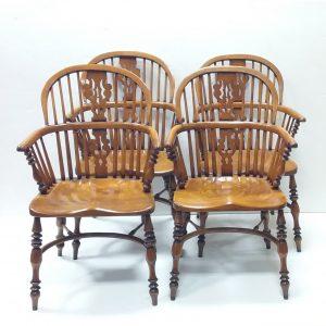Set_of_4_Ash_&_Elm_Windsor_Chairs