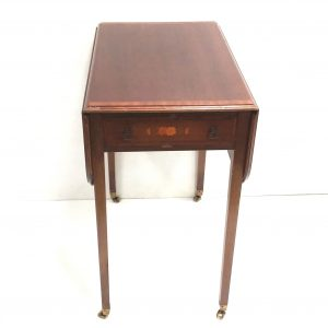 Antique_Edwardian_Miniature_Pembroke_Table