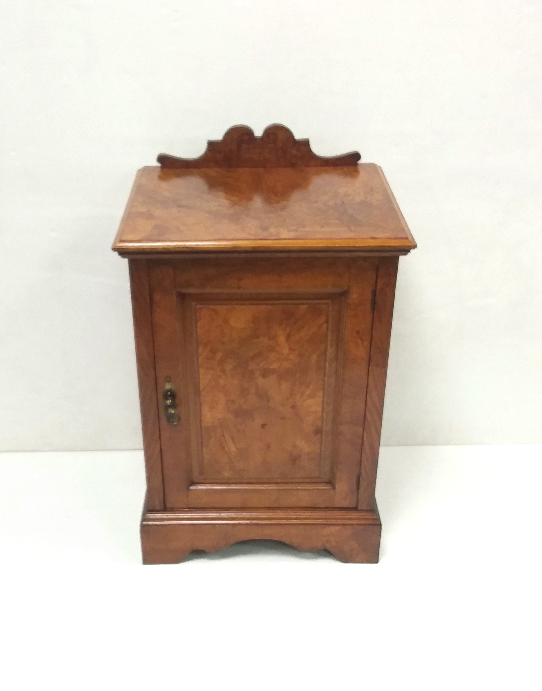 Antique_Victorian_Locker