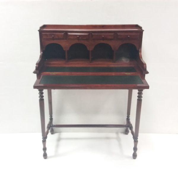 Antique Style Lady's Desk
