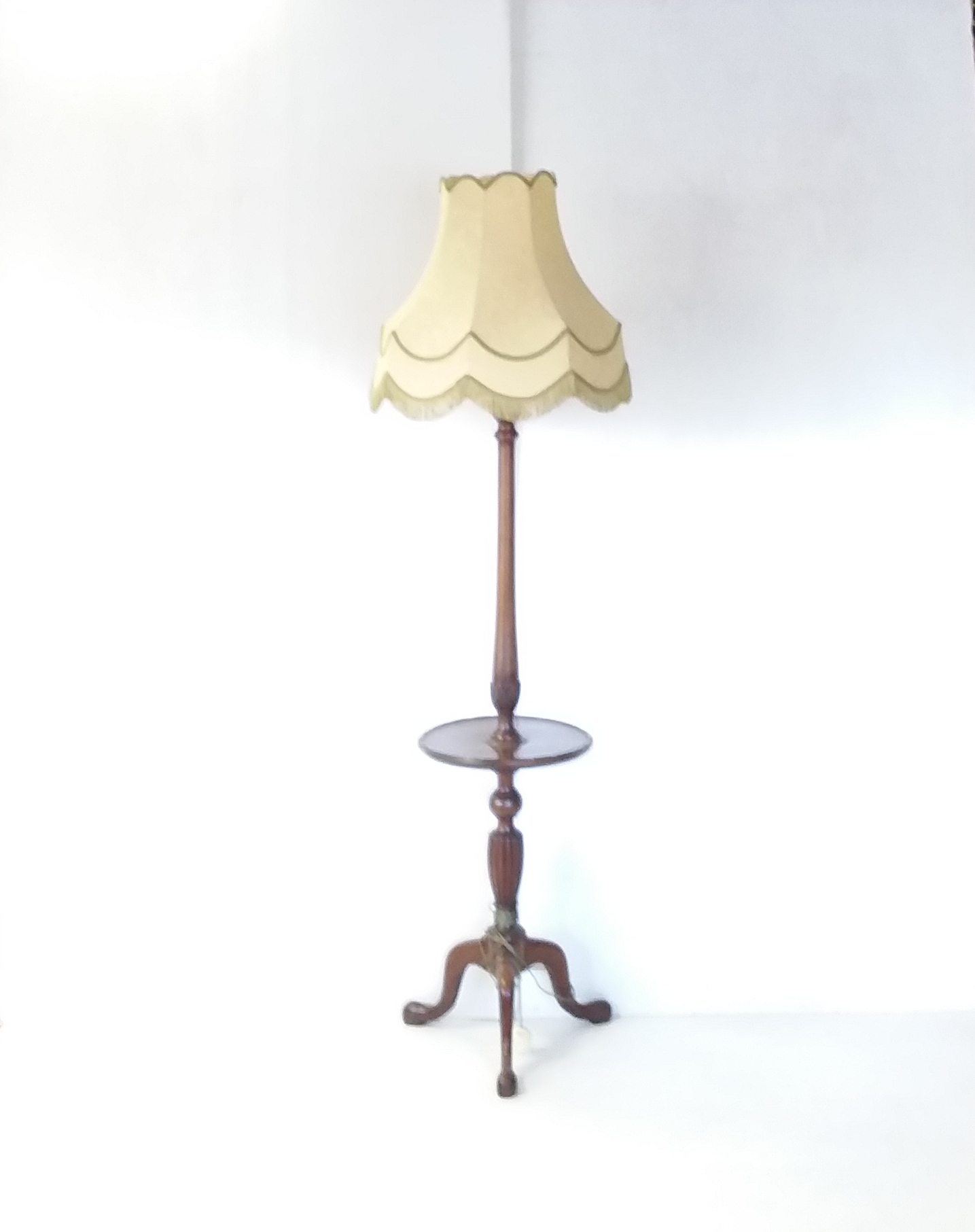 Antique_Style _Standard_Lamp_&_Shade