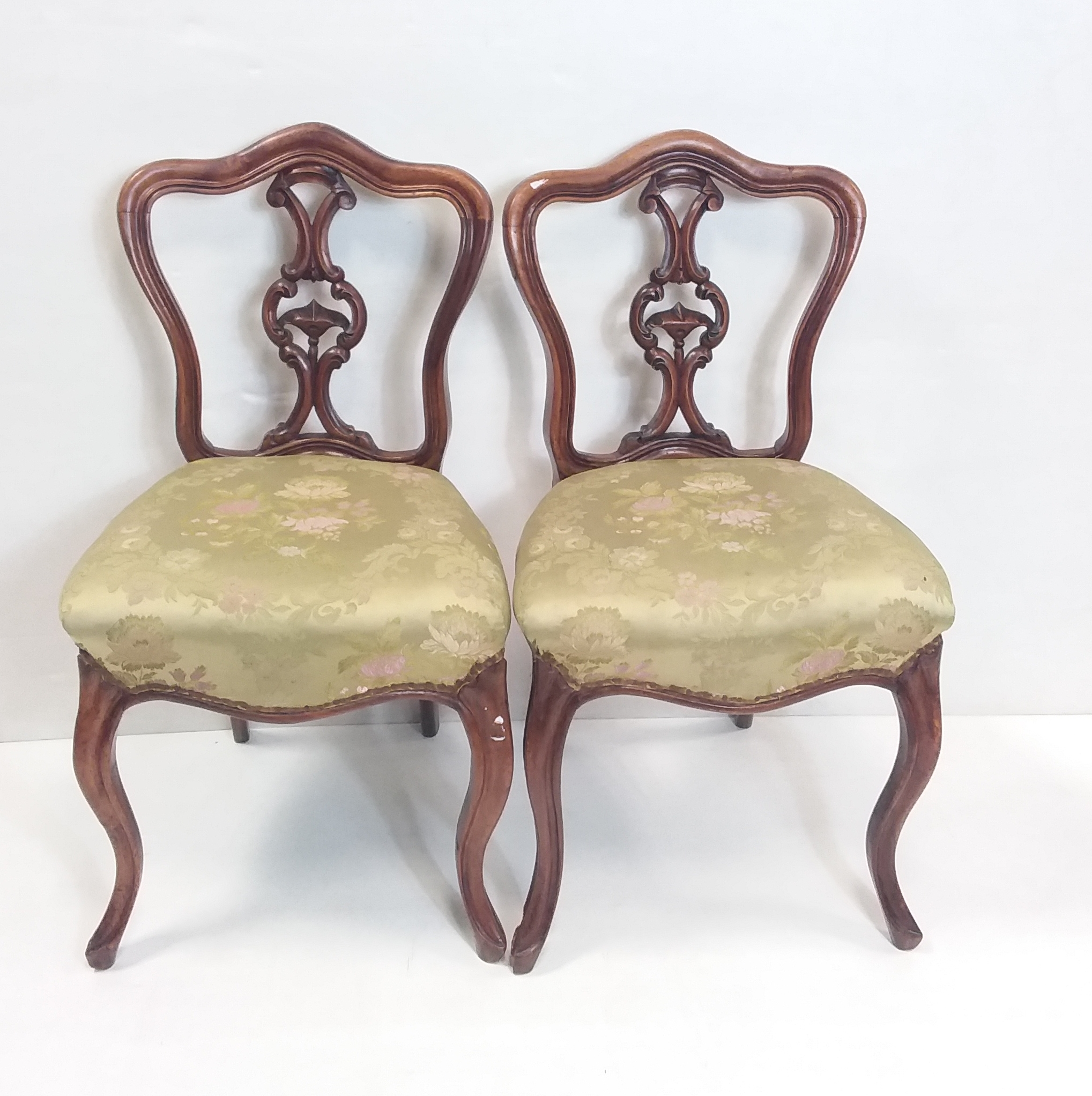 Antique_Victorian_Pair_of_Chairs