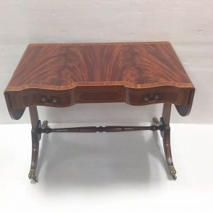 Antique_Style_Regency_Table