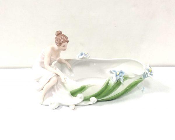 Porcelain Centrepiece