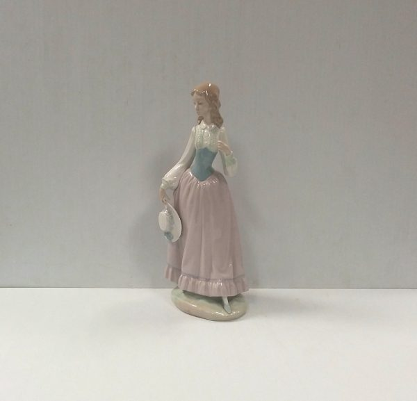 Lladro Figure of a Girl